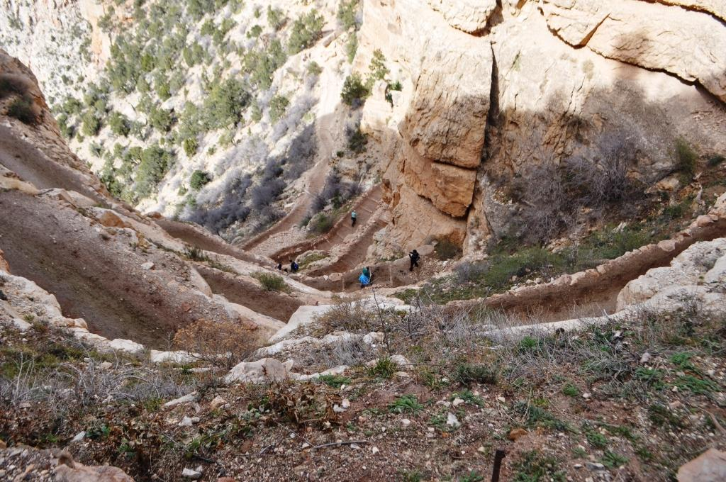 Tight switchbacks on the South Kaibab Tral